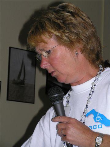 2008 004